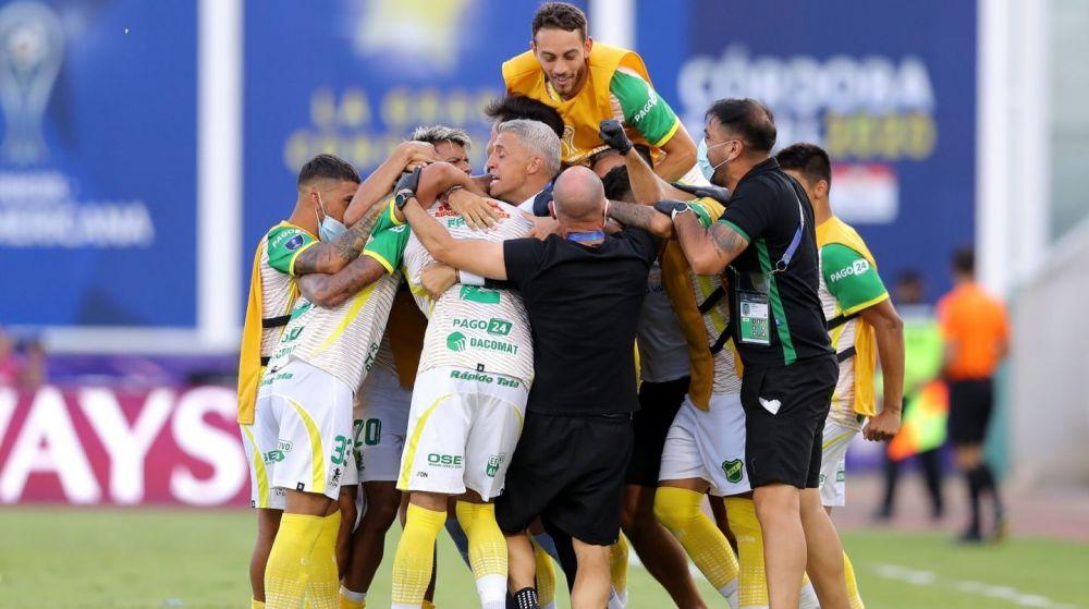 Defensa y Justicia goleó a Lanús y es campeón de la Sudamericana