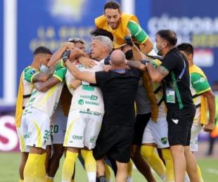foto: Defensa y Justicia goleó a Lanús y es campeón de la Sudamericana