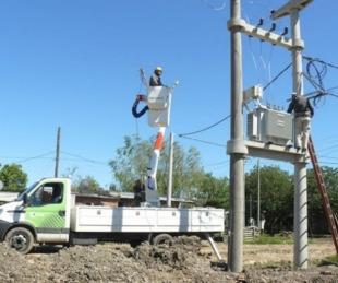 foto: DPEC trabajará en mantenimiento de líneas de media tensión
