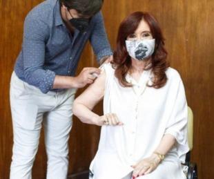 foto: Cristina Fernández recibió la primera dosis de la vacuna rusa