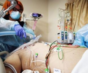 foto: Estados Unidos superó los 25 millones de casos de COVID-19