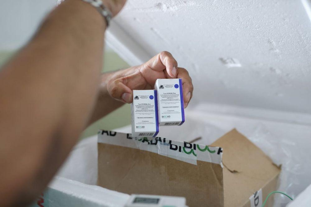 Se vacunó con la segunda dosis a casi 1000 trabajadores de Salud