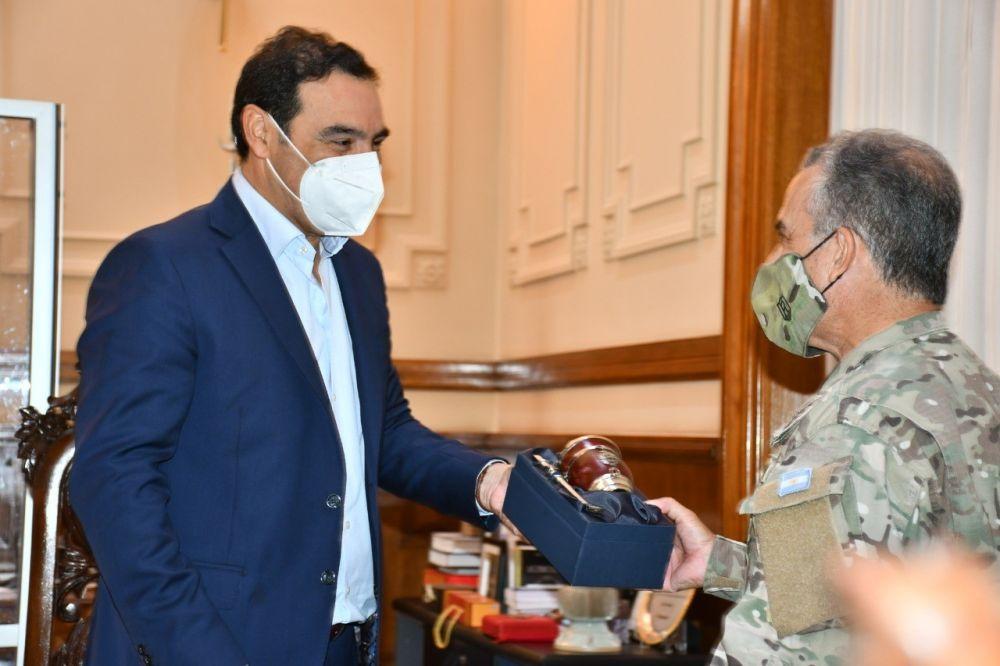 El Ejército comprometió su aporte en la Campaña de Vacunación