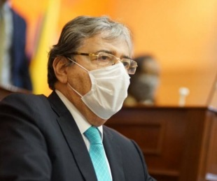 foto: Falleció por coronavirus el ministro de Defensa de Colombia