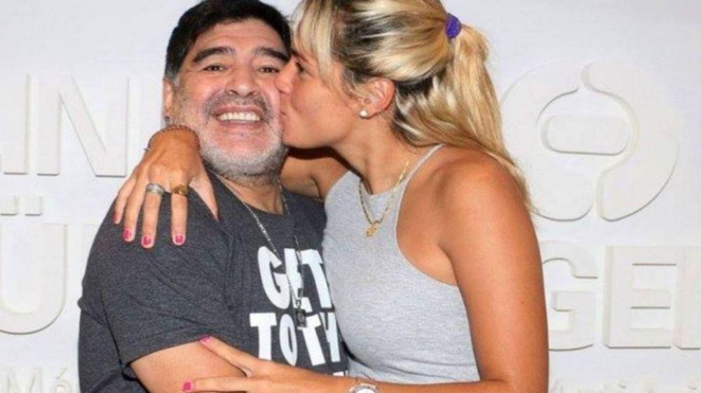 Filtraron la millonaria cifra que Diego Maradona le dio a Rocío Oliva