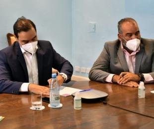 foto: Valdés firmó tres convenios de obras con Nación para el interior