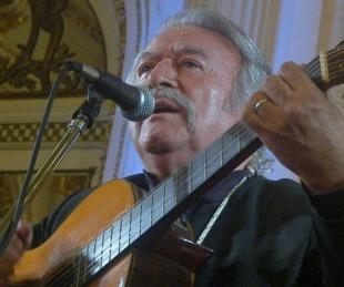 foto: Murió César Isella, el gran compositor y cantante argentino de folklore