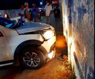 foto: Goya: perdió el control, chocó y casi tumba el muro de un club deportivo