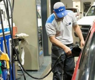 foto: Nuevo aumento de combustibles de YPF: la más cara pasó los $90