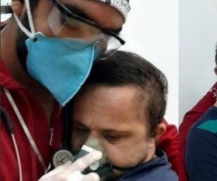 foto: Enfermero abrazó a paciente con síndrome de Down para calmarlo