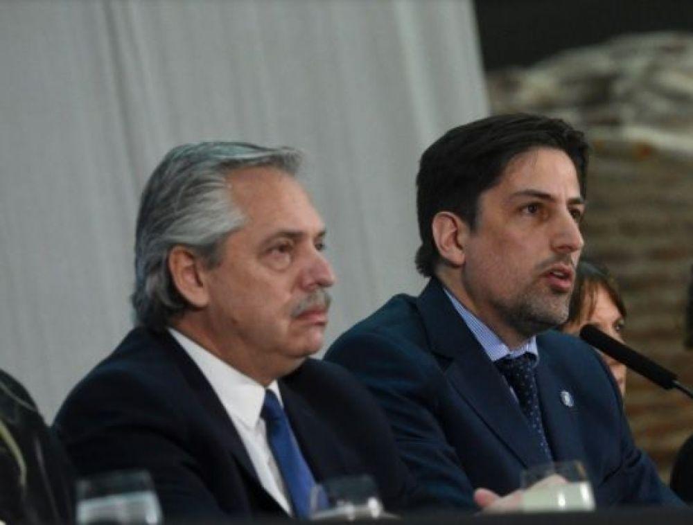 Fernández se reunirá con ministros de Educación por inicio de clases