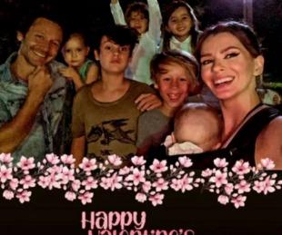 foto: La China Suárez compartió una foto muy tierna con Vicuña y todos sus hijos