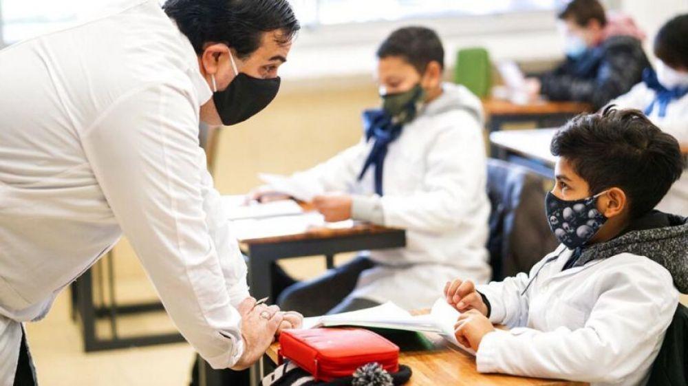 Directivos y personal docente regresan hoy a las escuelas