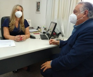 foto: Cassani entregó proyecto de Ley Oncopediátrica al Juan Pablo II