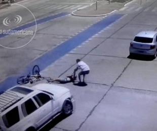 foto: Video: así fue atacada una joven en plena costanera por un delincuente