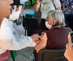Covid19: 25 mil adultos mayores se inscribieron para recibir la vacuna