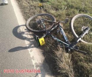 foto: Colonia Liebig: Ciclista murió tras chocar con una motocicleta