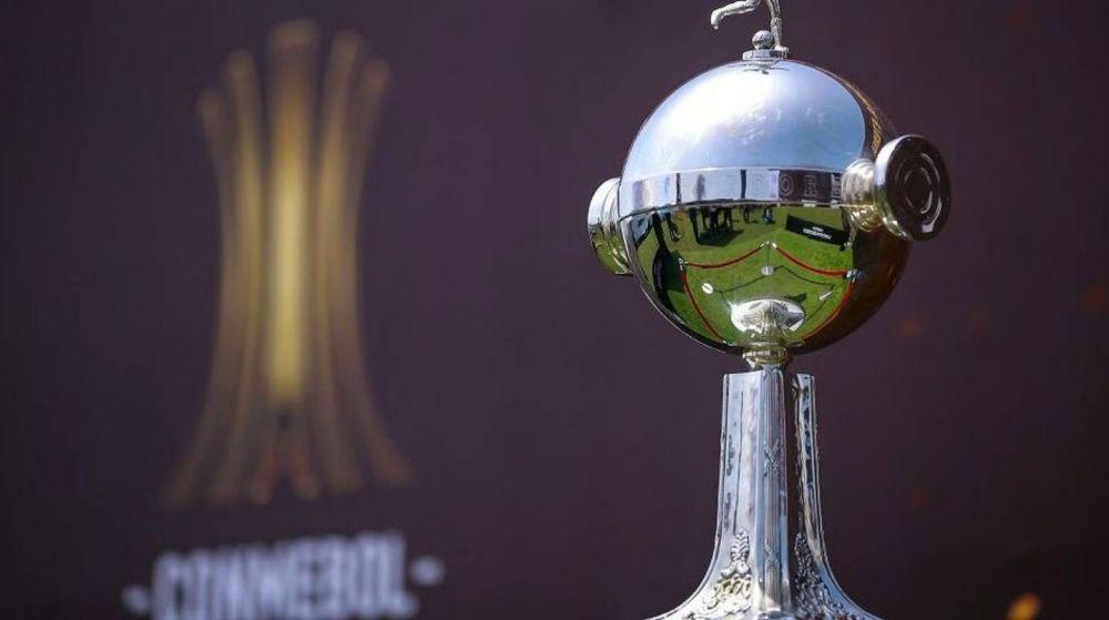 Se jugaría en la Argentina y hay tres estadios que corren con ventaja