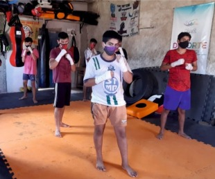 foto: Con cupos completos se dictan clases municipales de Kickboxing