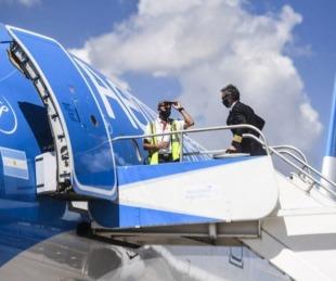 foto: Aterrizó en China el vuelo que traerá dosis de la vacuna Sinopharm