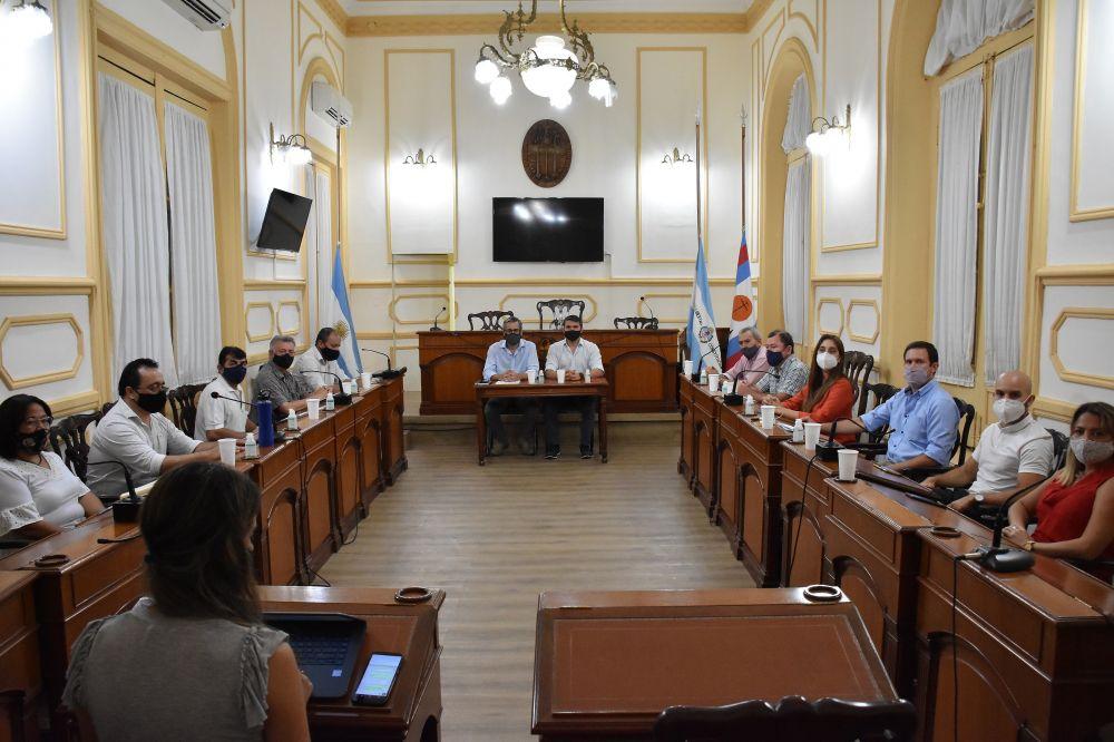 Paritarias: Tassano anunció aumentos salariales a municipales