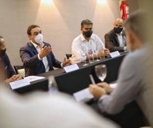 foto: Valdés y Capitanich reunidos previo a la III Cumbre del Norte Grande