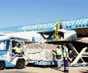 foto: Llega desde Beijing el vuelo que trae un millón de dosis de vacunas