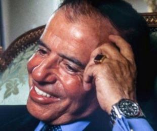 foto: Identificaron al autor del robo del anillo de Carlos Menem