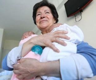 foto: Tiene 69 años, tuvo gemelos y perdió la tenencia por