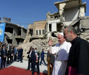 foto: En Irak, el papa Francisco rezó por la devastada ciudad de Mosul