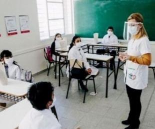 foto: Educación: Caá Catí y Goya seguirán dictando clases presenciales