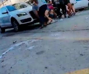 foto: Mar del Plata: un hombre atropelló a jóvenes que festejaban su
