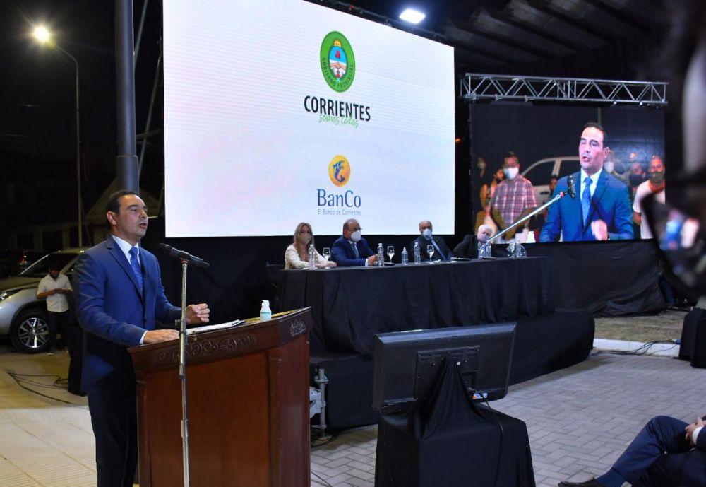 Gustavo Valdés presentó la nueva sede del Banco de Corrientes