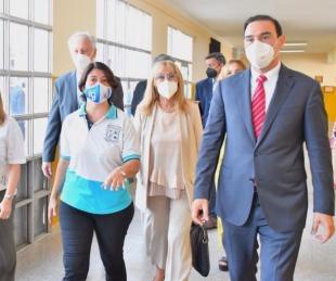 foto: Valdés inauguró en Monte Caseros las refacciones de una escuela
