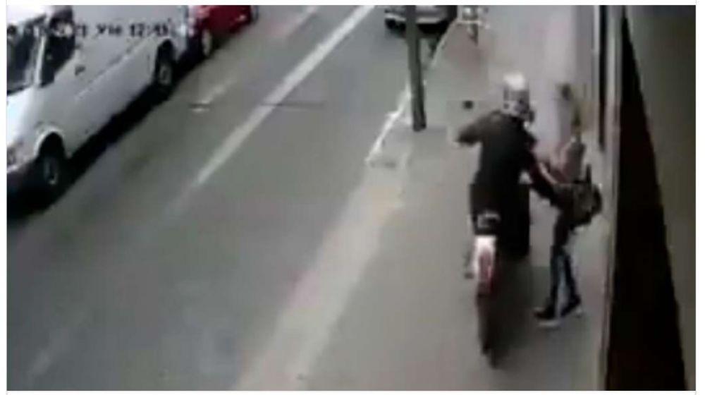 Video: mujer de 56 años murió tras ser asaltada por un motochorro