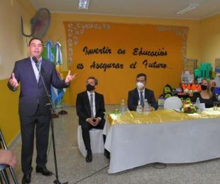 foto: Valdés inauguró refacciones en una escuela de Paso Pesoa