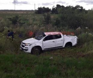 foto: Dos personas heridas tras el despiste y vuelco de una camioneta