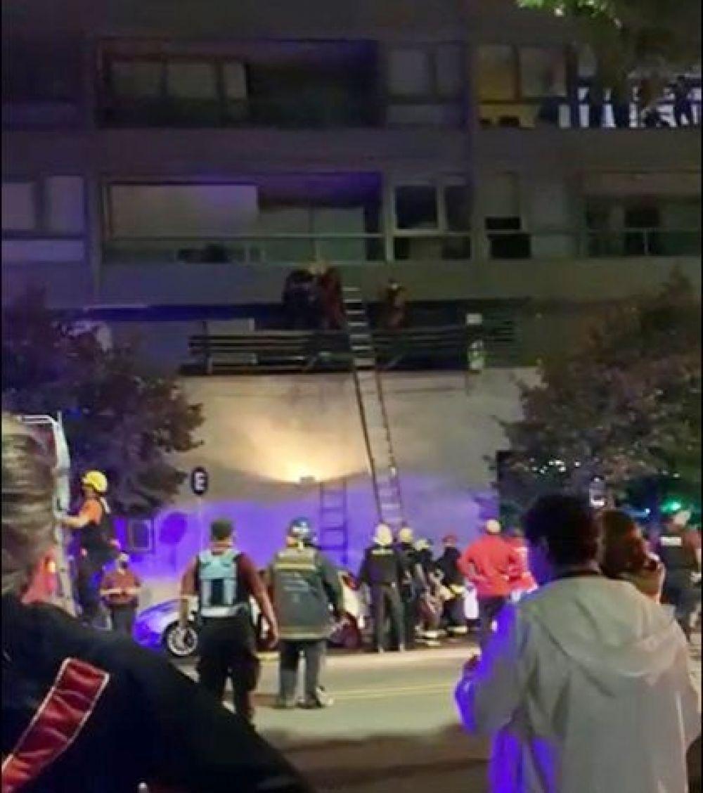 Nena cayó de un quinto piso: Se despertó y habló con su mamá