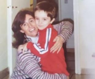 foto: Le robaron la notebook con fotos de su mamá fallecida y pide ayuda