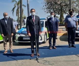 foto: El Gobernador entregó nuevos móviles a la Policía de Corrientes