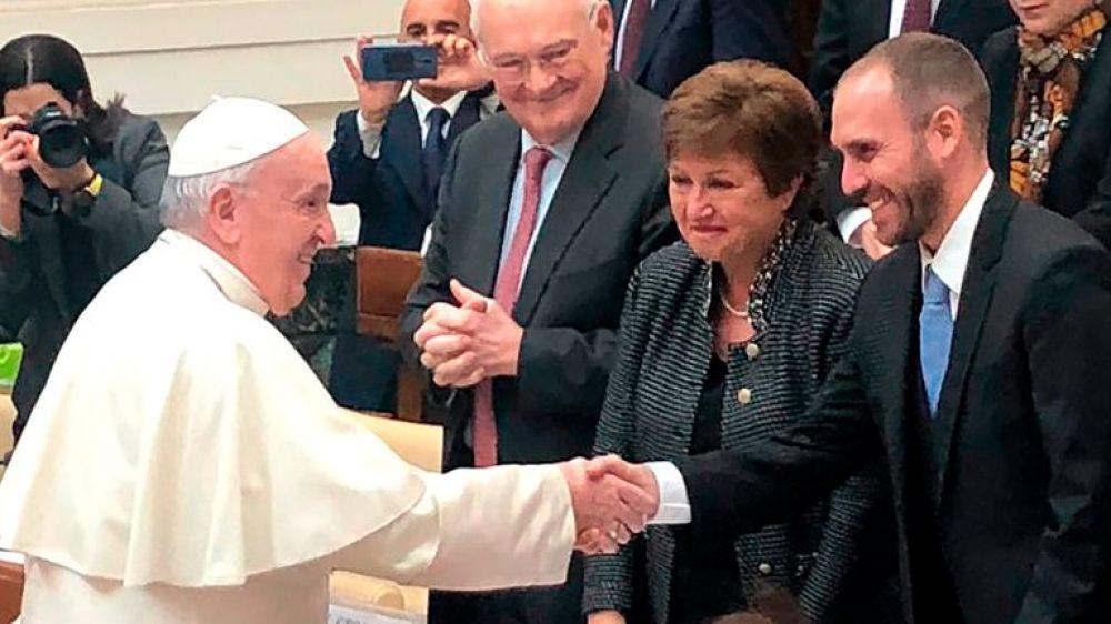 El papa Francisco recibirá mañana a Martín Guzmán en Roma
