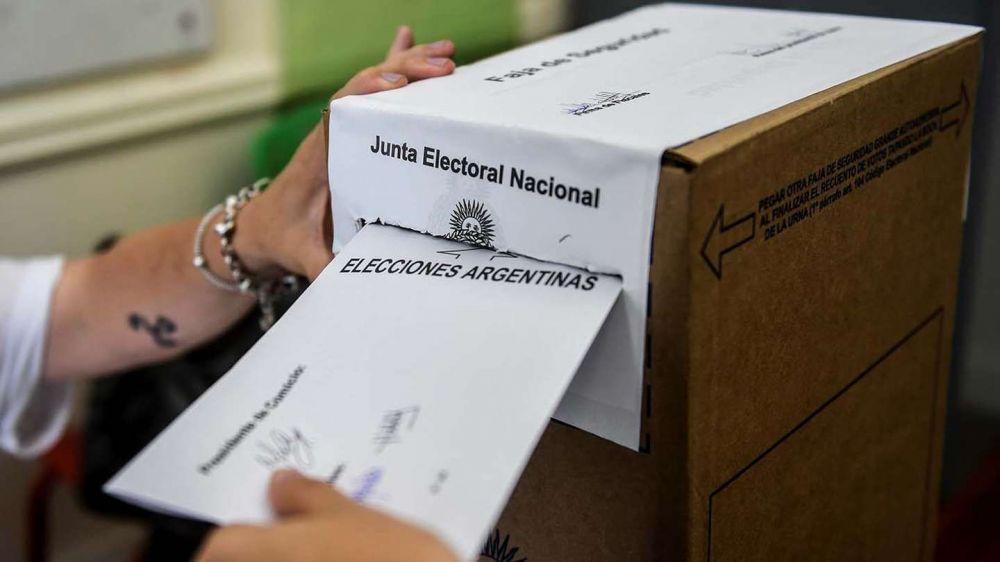 Cámara Nacional Electoral exigió que se vacune a autoridades de mesa