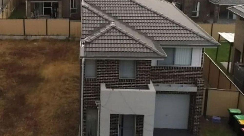 Compró la casa de sus sueños y se encontró con media propiedad