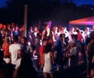 foto: Fiestas clandestinas: La policía advierte que habrá demoras