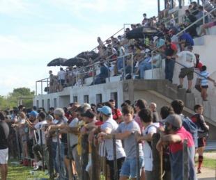 Clausuraron un club por un evento de rugby con mucho público