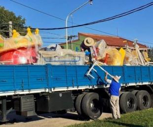 foto: San Luis del Palmar equipa sus plazas con nuevos juegos infantiles