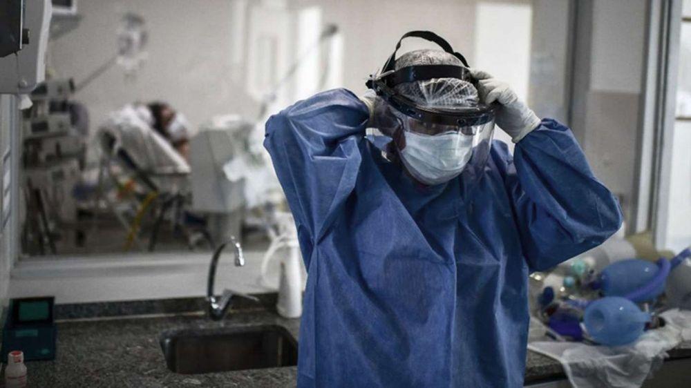 El Presidente anunció un bono de $6500 para el personal de salud