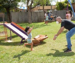 foto: Tincho Ascúa recorrió el barrio San Cayetano y escuchó a cada vecino