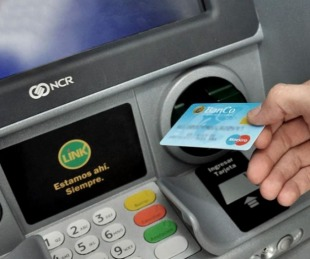foto: El lunes 26 arrancará el pago de sueldos a empleados estatales