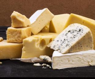 foto: La ANMAT prohibió la comercialización de dos quesos